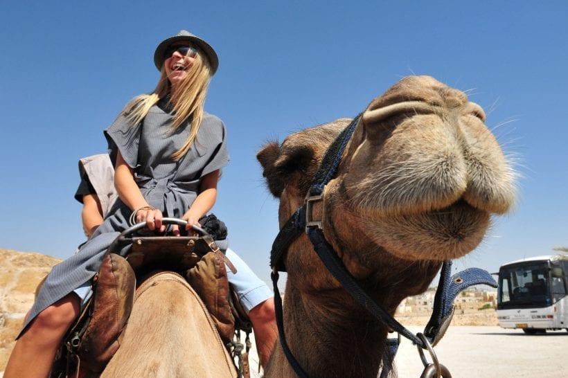 תיירת בישראל