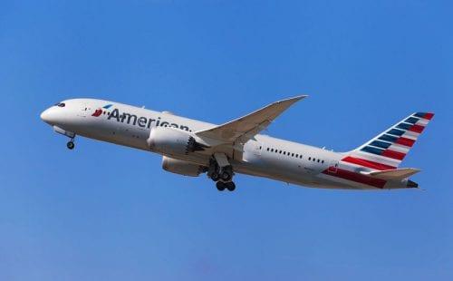 """טיסות אמריקן איירליינס מת""""א לארה""""ב"""