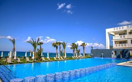 מלון הלגונה הכחולה בקפריסין