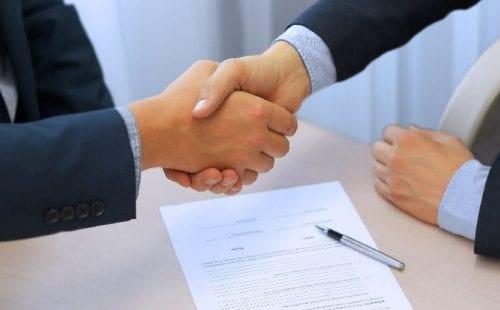 הסכם ל-5 שנים נוספות לפחות-היסתור ואמריקן אקספרס