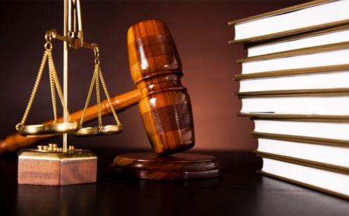 """ביה""""מ דחה 2 תביעות ייצוגיות נגד אל על"""