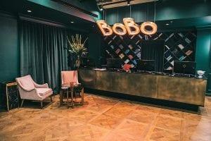 מלון BoBo, רשת בראון