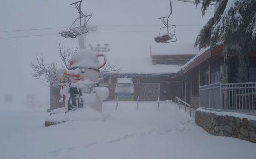אתר החרמון כוסה שלג
