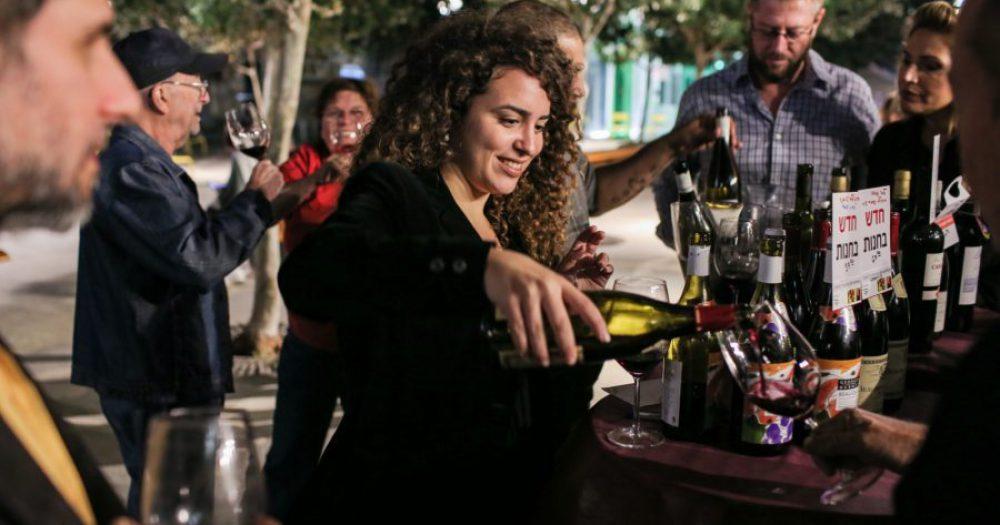 בוז'ולה בדרך היין - צילום אבישג שאר ישוב (2)