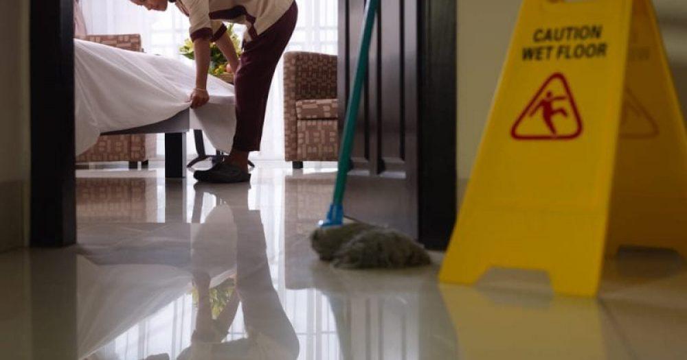 11 אלף עובדי מלון הוצאו לחל