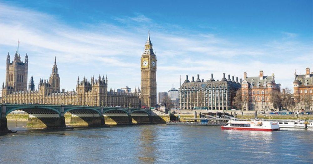אל על מפחיתה בחצי את מספר טיסותיה ללונדון