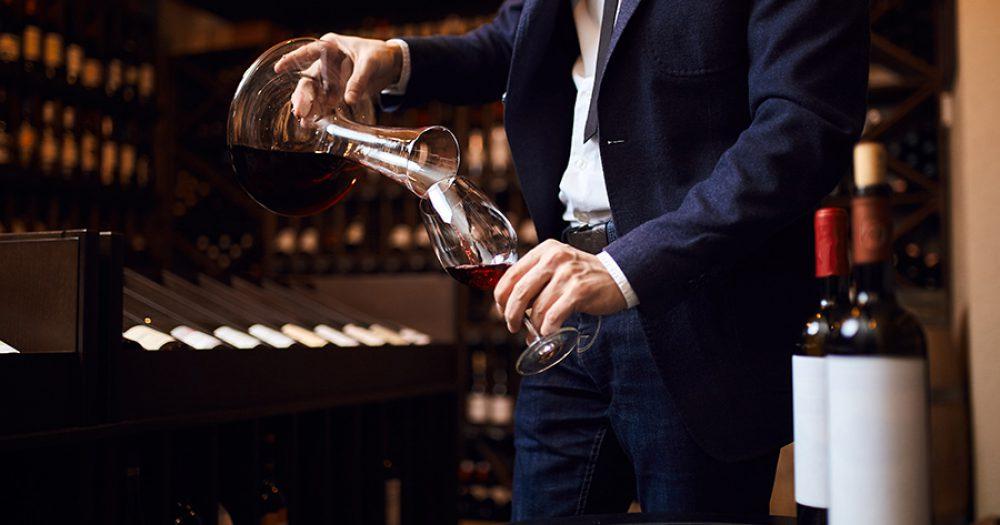 מאסטר יין. צילום: 123rf